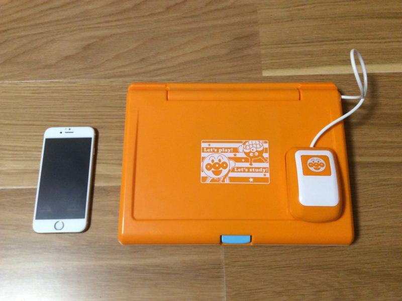 本体とiPhone6をサイズ比較