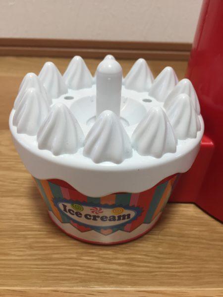 アイスクリームのボール置き